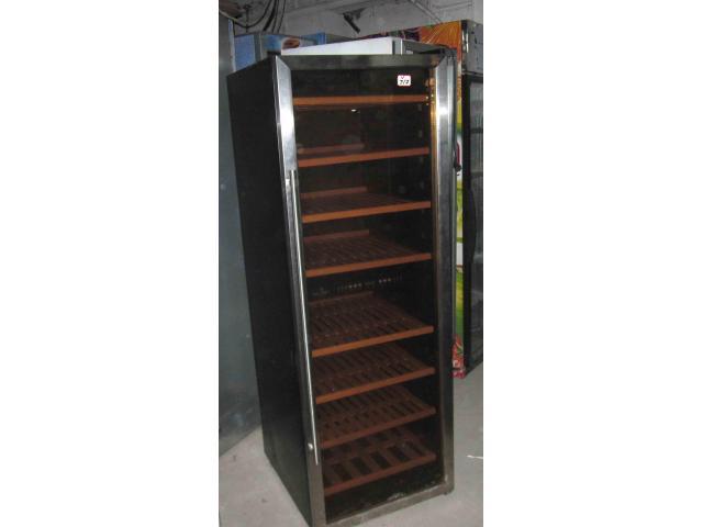 Vitrina frigorifica SCAN COOL de vinuri, o usa second