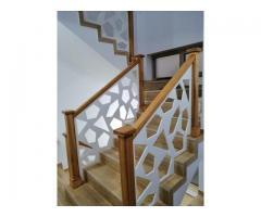 Balustrade, porti, garduri, fier forjat, inox, cu inserții de lemn masiv sau sticla.