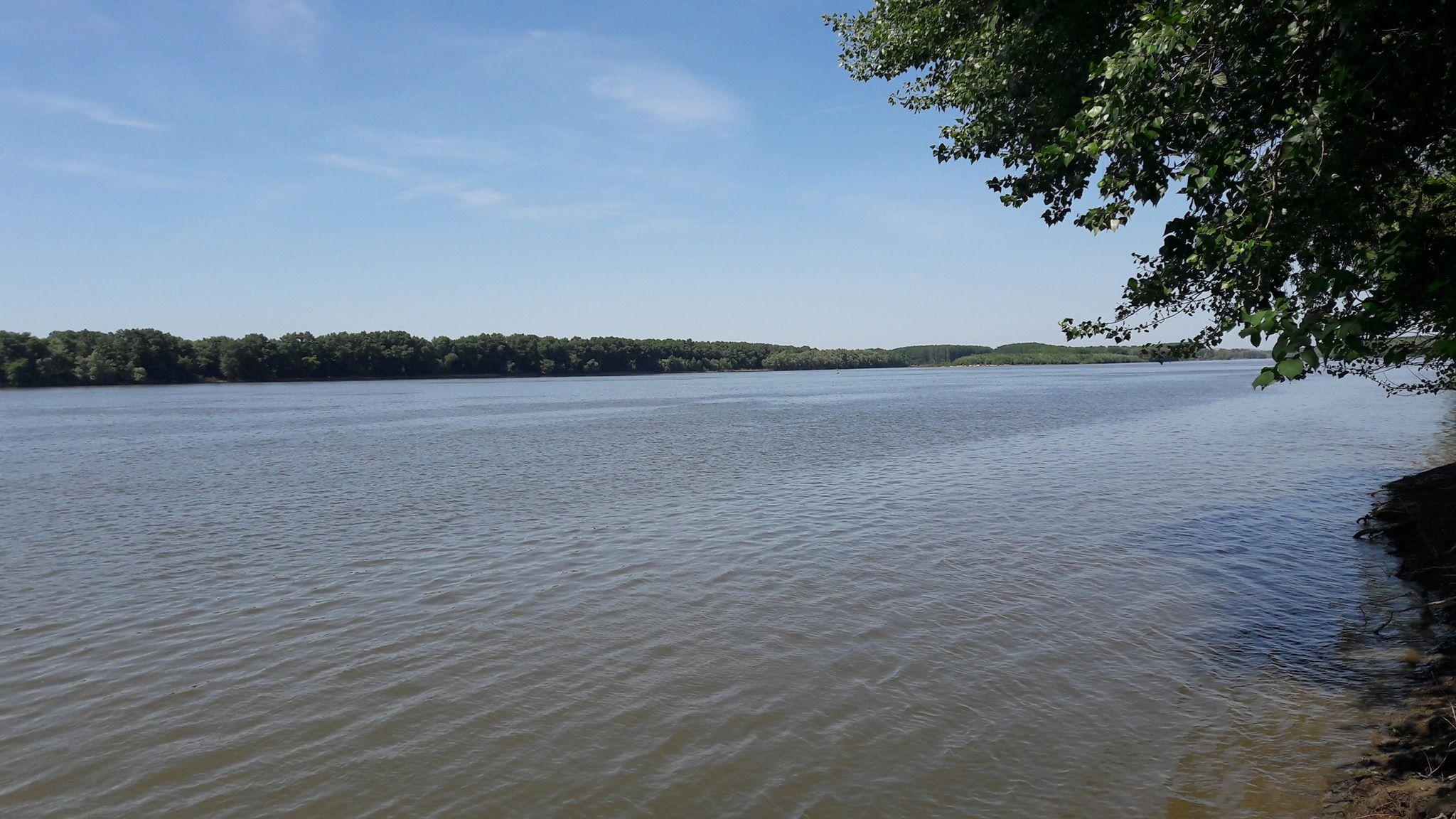 Vanzare teren Insula Dunare