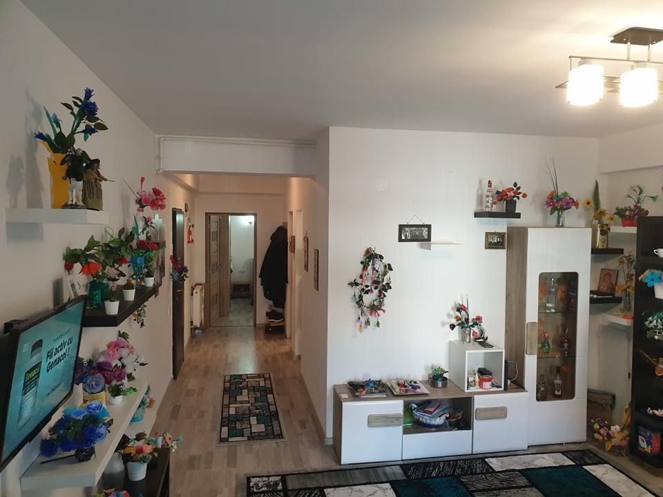 Vanzare apartament central